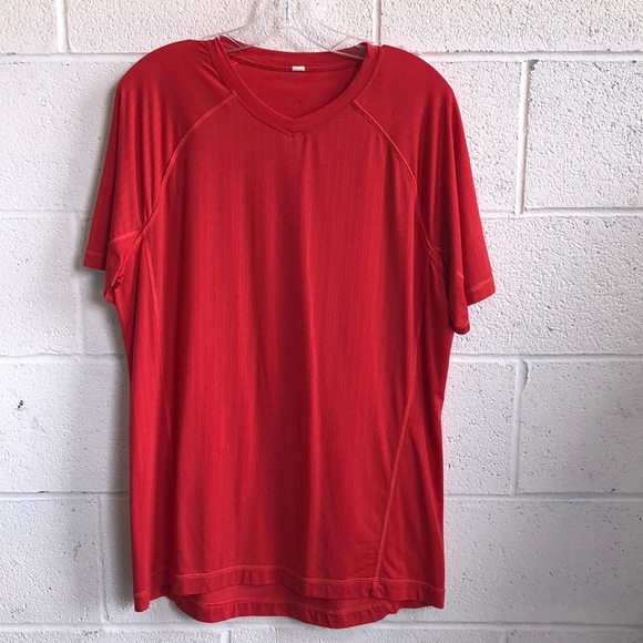 lululemon athletica Other - lululemon men's red t-shirt sz L 61138
